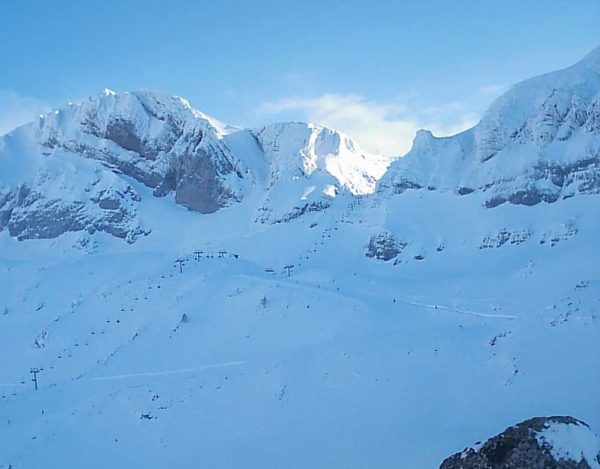 La nieve llega a Candanchú